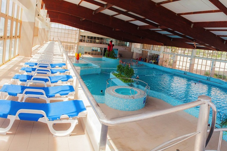 Esposende2000 actividades desportivas e recreativas em for Piscina interior